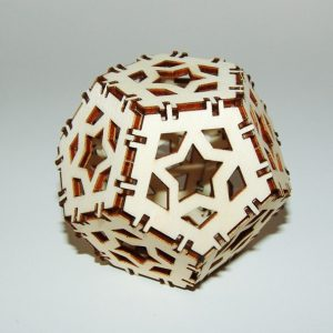 Decoratiune Craciun glob 3D lemn