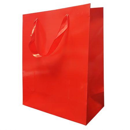 Punga Plastifiata carton M 17.5x23x10 cm - set 10 buc. auriu